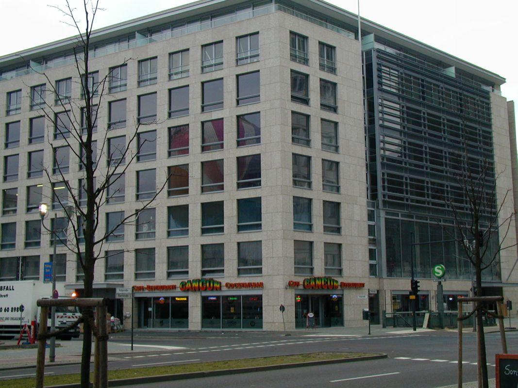 Facade Leipziger Platz imm000 0A imm001 1A